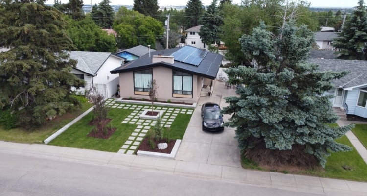 solar house and electric car alberta